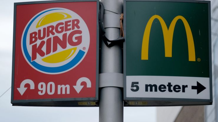 Burger King urge customers to go to McDonald's in order to help the restaurant industry