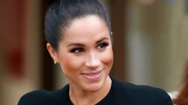 "Royal family ""concerned"" that Meghan kept secret diary during time in UK"