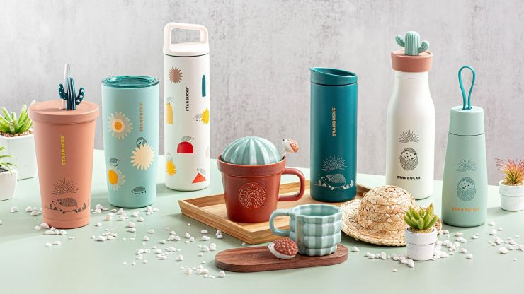 Starbucks' new Happy Hedgehog cups would be the perfect pairing for a park date