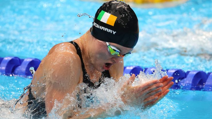 Mona McSharry finishes in 8th in the 100m breaststroke final