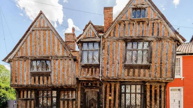 You can now rent out the Harry Potter house on AirBnB