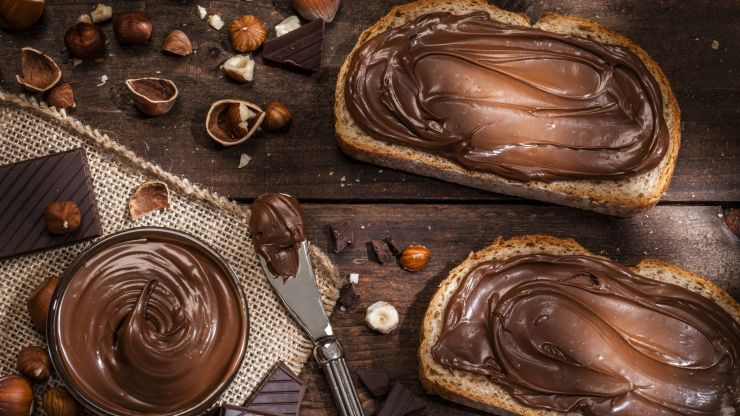 Apparently we've been eating Nutella wrong this whole time