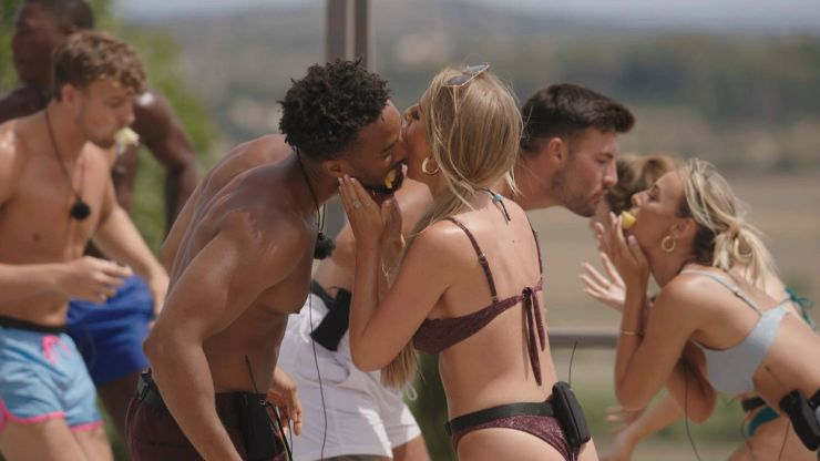 People are sharing why they wouldn't go on Love Island, and their reasons are gas