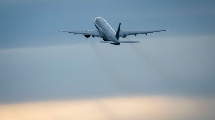 Covid-positive man boards flight disguised as wife