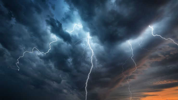 Thunderstorm warning issued for entire country