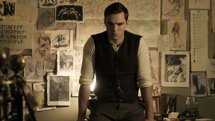 Nicolas Hoult cast in lead role of Dracula spinoff movie Renfield