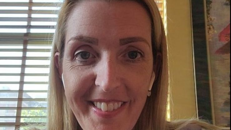 """Vicky Phelan's new treatment will buy her """"at least six months"""""""