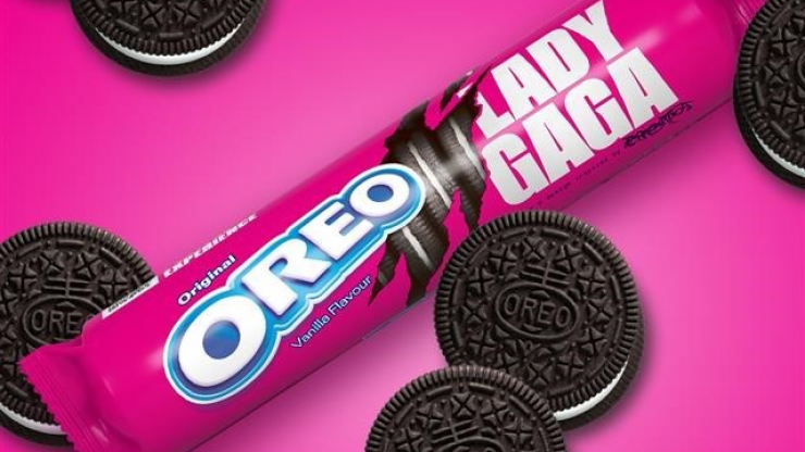 Lady Gaga Oreos are now a thing and we need to try some immediately