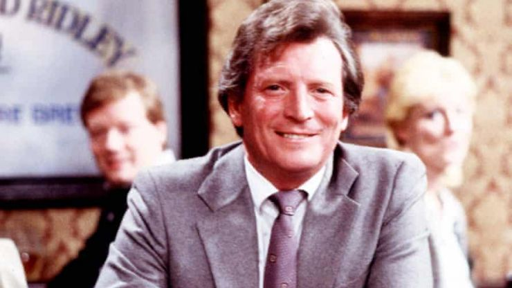 Coronation Street cast pay tribute to the passing of Johnny Briggs