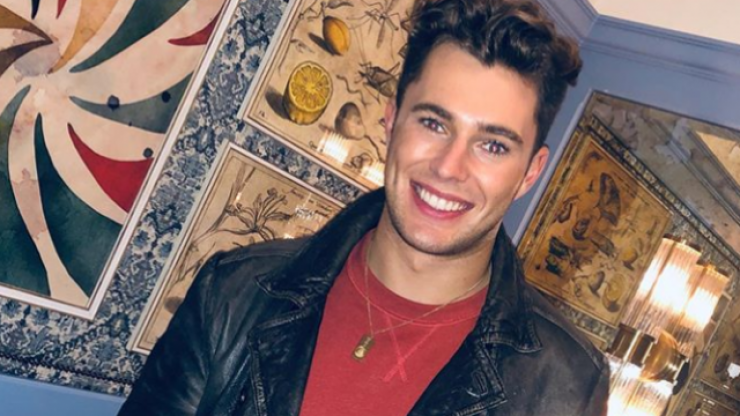 """Love Island's Curtis Pritchard apologises for """"offensive"""" stand up routine"""