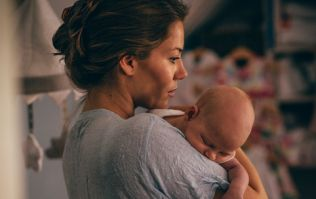6 things you probably shouldn't say to a new mum