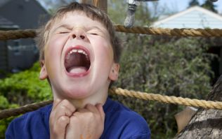 The ONE that question can diffuse a toddler tantrum in 10 seconds flat