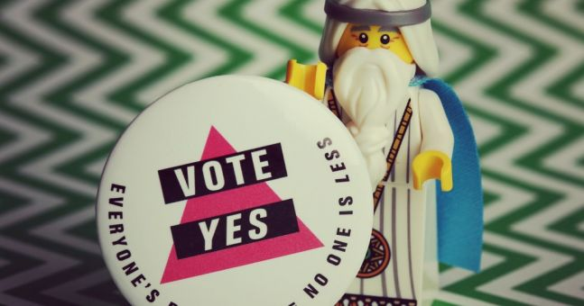 Lego YES posters are GENIUS
