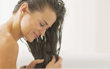 Addicted to dry shampoo? You NEED this DIY hair mask in your life