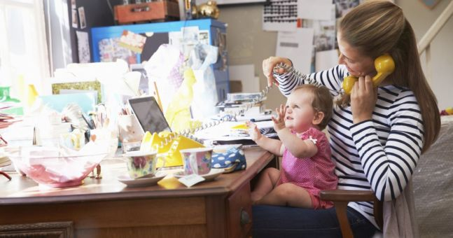 """""""I'm sorry"""" – female CEO apologies to working mums: Our Office Mum Diarist discusses"""