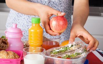 Primary school sending pupils' 'fatty lunches' home to parents
