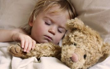 This easy to make toddler sleep-hack is pretty much a GODSEND