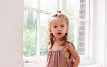 10 adorable ways toddlers win our hearts (while also melting our heads!)