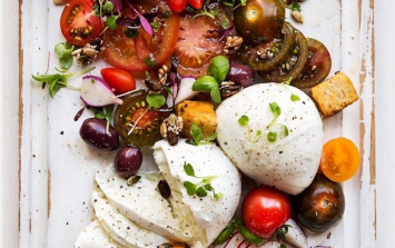 This delicious fresh salad will be your summer party lifesaver