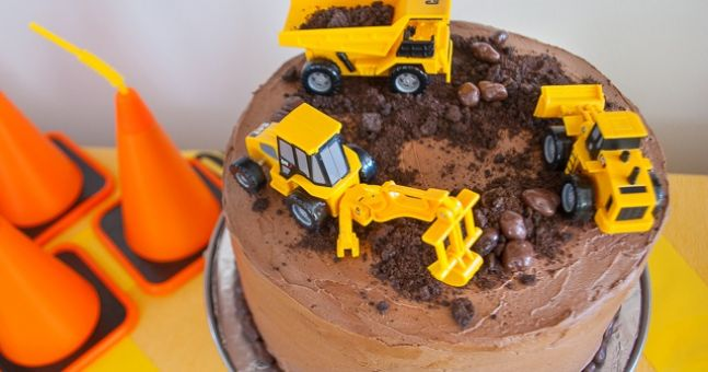 Party Time! Here Are 10 Construction-Themed Birthday Cakes Any Little Person Will Dig