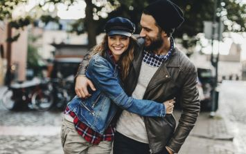 Men with pretty wives are happier in their marriages, a new study finds