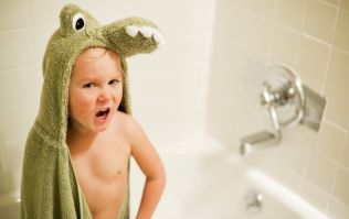 3 super fun bath time tricks that every parent should be armed with