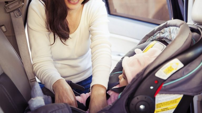 Physiotherapists warn new mums not to carry baby car seats due to injury risks