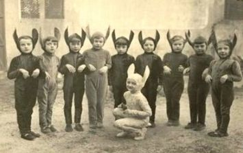 10 vintage kids' Halloween costumes that will scare the bejesus out of you