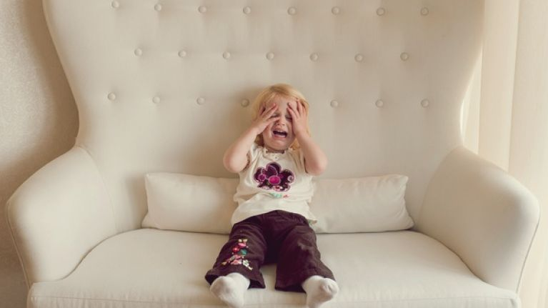 Dad comes up with the 'weirdest trick' to get his daughter stop crying