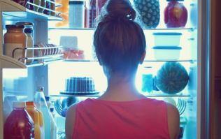 3 super easy ways to stop your late-night snacking habit