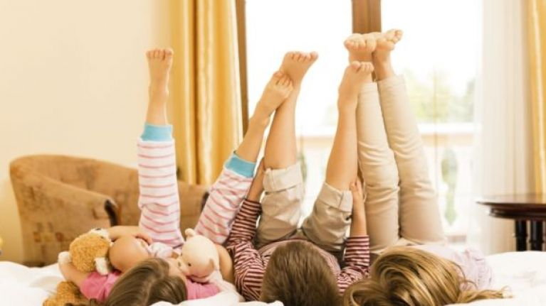 5 totally lazy games to play with your kids when you're just too tired