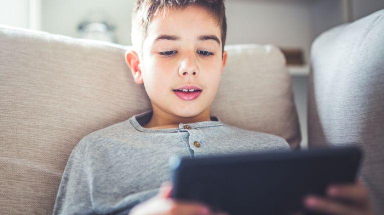 40 per cent of Irish kids talk to strangers online, finds survey