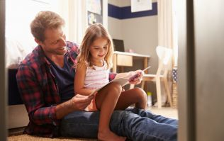 This specific way of reading bedtime stories comes with HUGE benefits
