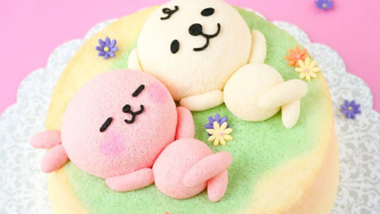 Drool! These incredible chiffon cakes look too good to eat (almost)