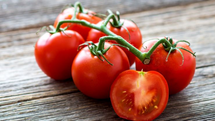 Turns out we've all been storing our tomatoes the wrong way