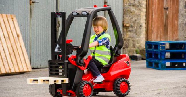 Dear Santa...you can now buy an amazing toy forklift for kids