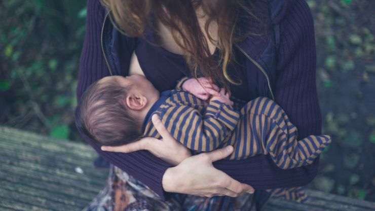 10 totally valid questions everyone has before they start breastfeeding