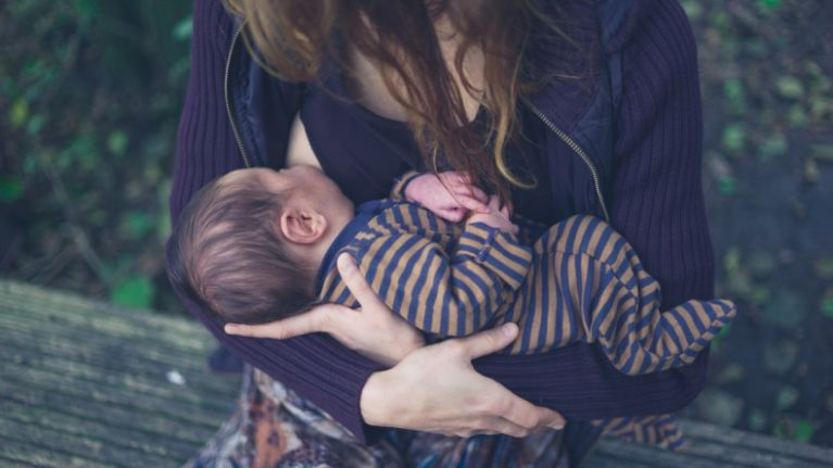 This list of 'rules' for the friends of breastfeeding mums is SO spot on