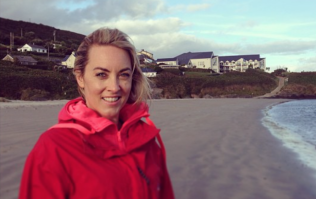 Kathryn Thomas posted first Christmas pic of her baby and mums are swooning over her