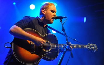 Gavin James helped a fan with this fantastic proposal to his girlfriend