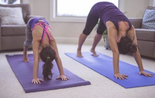 5 reasons you should be doing yoga with your kids (and simple poses to try)