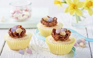 Calling all bakers! You need to make these delicious Easter nest cupcakes
