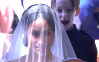 Pageboy's reaction to Meghan walking down the aisle legit stole in the show
