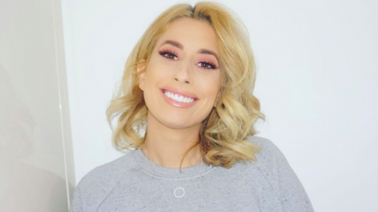 Stacey Solomon reminds fans 'every body is beautiful' in unfiltered bikini snap