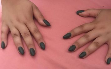 10 year old girl's fake nails go viral after mum says no to acrylics