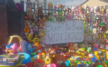 A powerful shrine is erected at Tuam to urge the Government to excavate the site