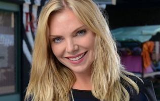 Samantha Womack just got rid of her trademark blonde hair and looks stunning