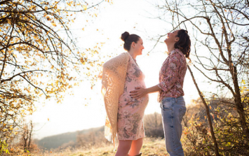 Science says pregnancy can be contagious among friends... is it?