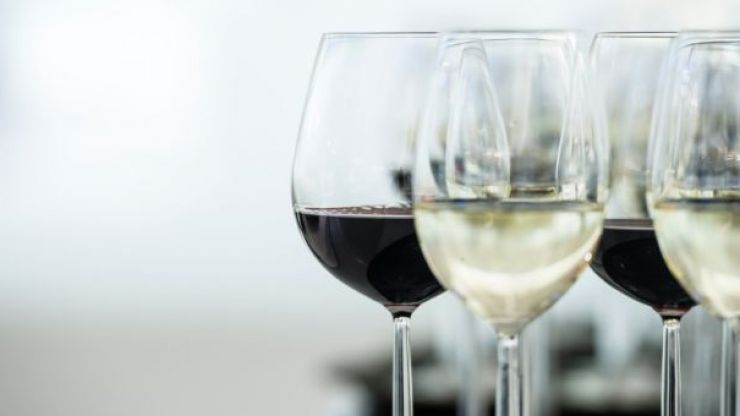 Aldi launches two new €5 low-calorie, low-alcohol wines