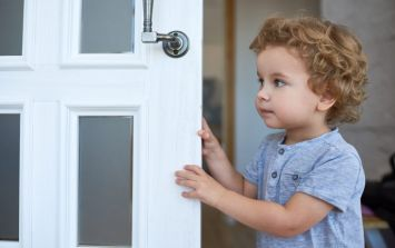 Parents are critical about this 'child-safe' doorknob in a doctor's office